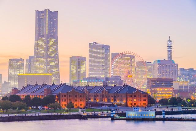 Yokohama skyline city